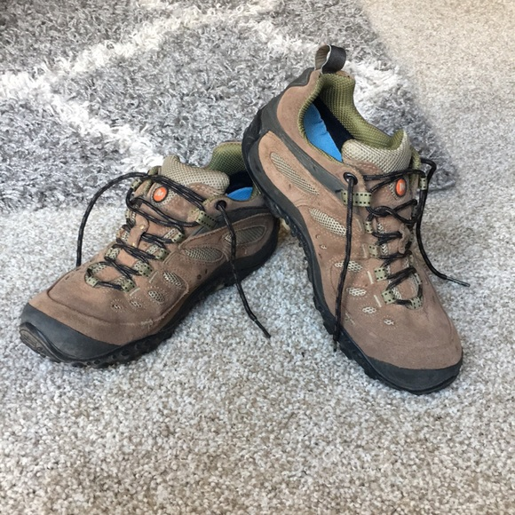 c755fa4a85 Merrell Chameleon Gore-Tex Low Cut Hiking Boots